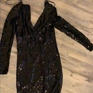 B Darlin Dresses - Beautiful black Sequin dress